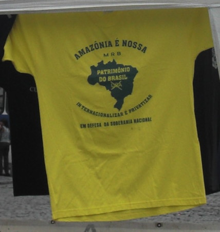 A t-shirt with anti-internationalisation and privatisation of the Amazon slogan